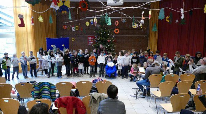 Gemeinsame Weihnachtsfeier der Schule Heidhorst und der Schule Weidemoor